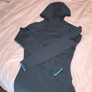 Tight fit Nike pro long sleeve